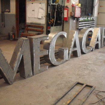 Letrero Megacable